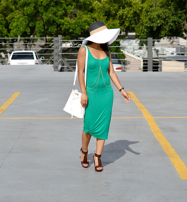 Floppy hat and midi dress 4 Cropped