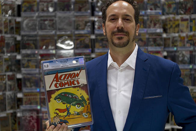 vincentaction1NYCC2014